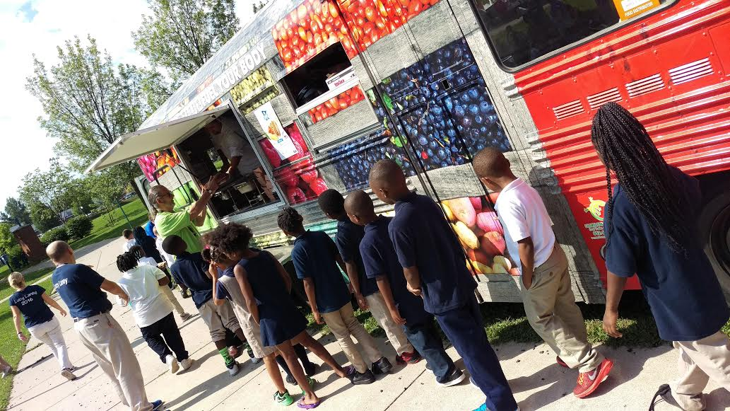 How Food Trucks Are Serving Up Healthy Food To High School Students