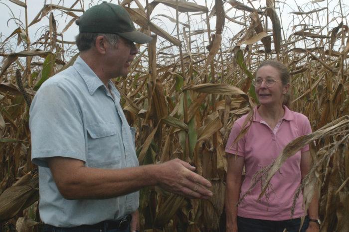 Klaas Martens (left) with Margaret Smith, professor of plant breeding at Cornell University.