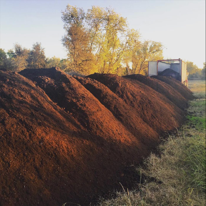 150 tons of compost to be spread on the Massa almond orchards.
