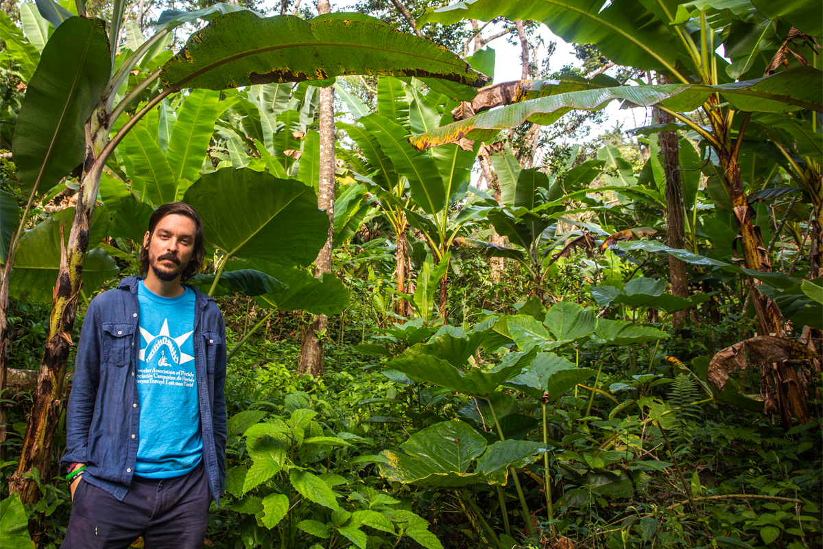 Jesús Vázquez of Organización Boricuá. (Photo credit: David Hanson for WhyHunger)