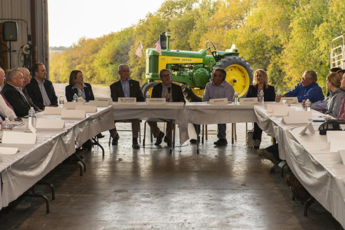 The Missouri Farm Bureau hosts Acting Administrator Wheeler for a roundtable on agricultural issues. (Photo credit: EPA)