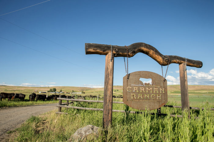 The entrance to Carman Ranch. (Photo © John Valls)