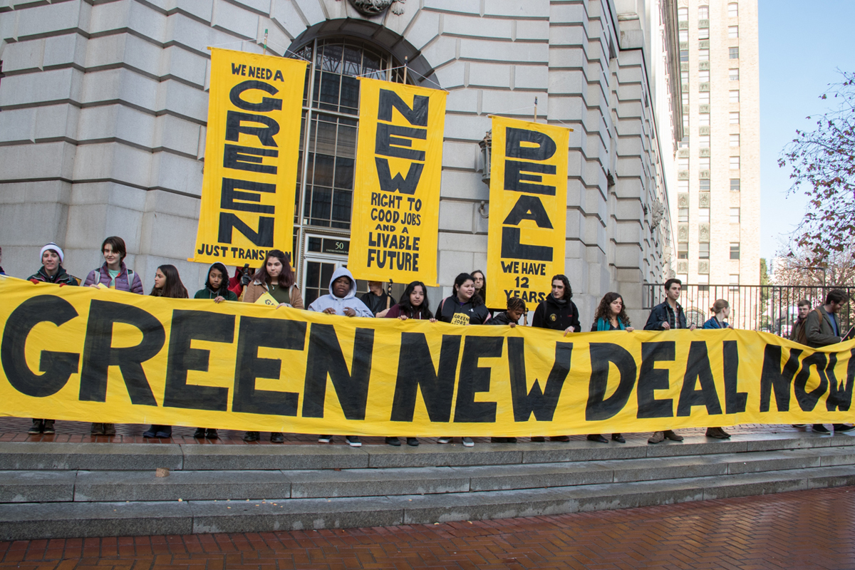 Hundreds gather in San Francisco with the youth led Sunrise Movement to call on House Democratic Leader Nancy Pelosi to support the formation of a Select Committee to advance a Green New Deal to address Climate Change. (Photo CC-licensed by Peg Hunter)