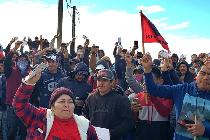 Wonderful Company workers striking. (Photo courtesy of Alerta Campesino U.S.A.)
