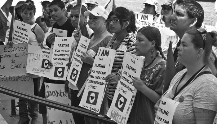 Young farm workers join in solidarity and fast for passage of the Fair Treatment of Farm Workers Act. They are demonstrating in front of the California State Capitol in Sacramento. (Photo CC-licensed by Randy Bayne)