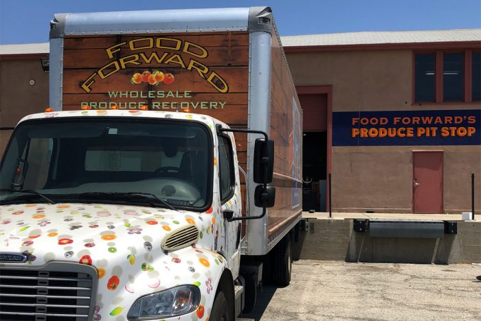 A Food Forward truck loads up at the Produce Pit Stop. (Photo courtesy of Food Forward)