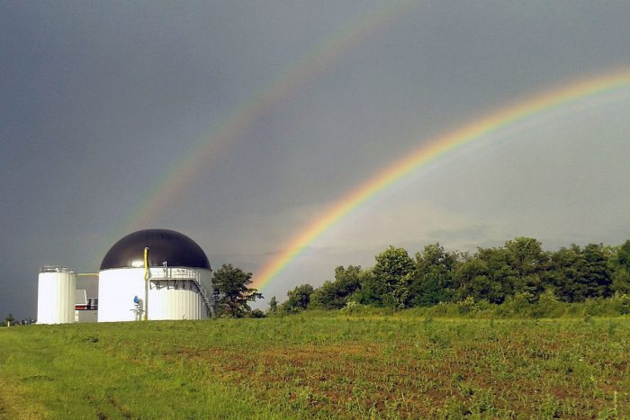 An anaerobic digester at Jordan Dairy Farm in Rutland, Mass. (Photo CC-licensed by the Massachusetts Clean Energy Center)