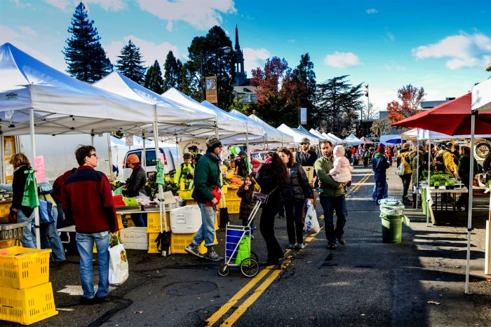 The Downtown Berkeley Farmers' Market. (Photo CC-licensed by Franco Folini)