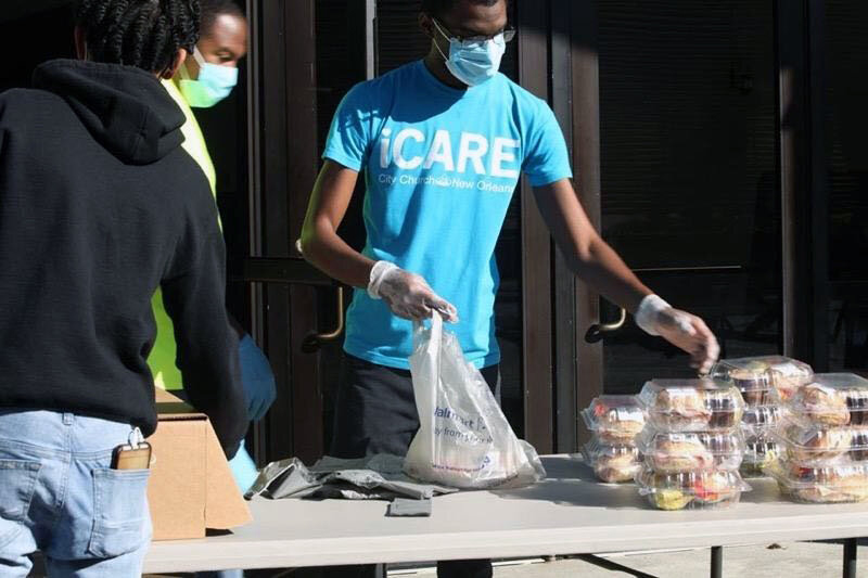 delivering airline meals to the hungry with project isaiah and gate gourmet. Photo courtesy of Project Isaiah