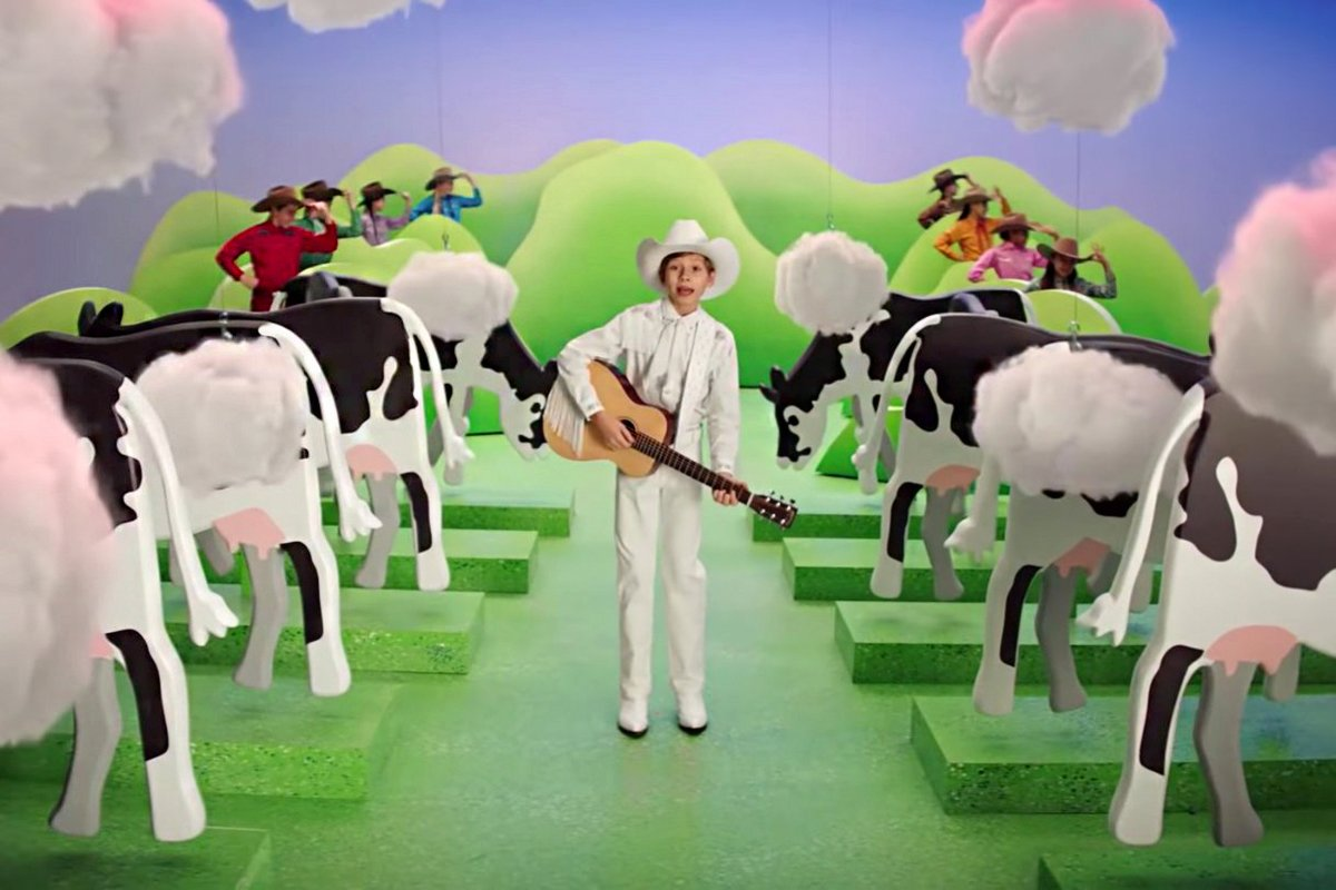 A still from the Burger King ad about reducing their cows' methane emissions