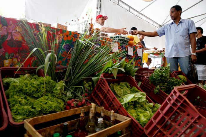 Organic produce for sale at the Agrarian Reform Fair, organized by the MST to sell produce from family farmers and spread the word about agroecology and land reform. (Photo credit: )