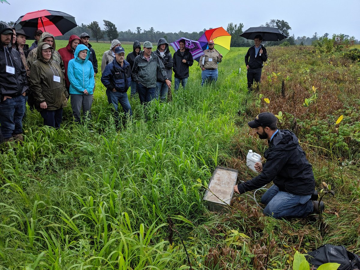 An expert from WI Land+Water leads a 2019 workshop on nitrate challenges and drinking water pollution in Wisconsin. (Photo CC-licensed by WI Land+Water)