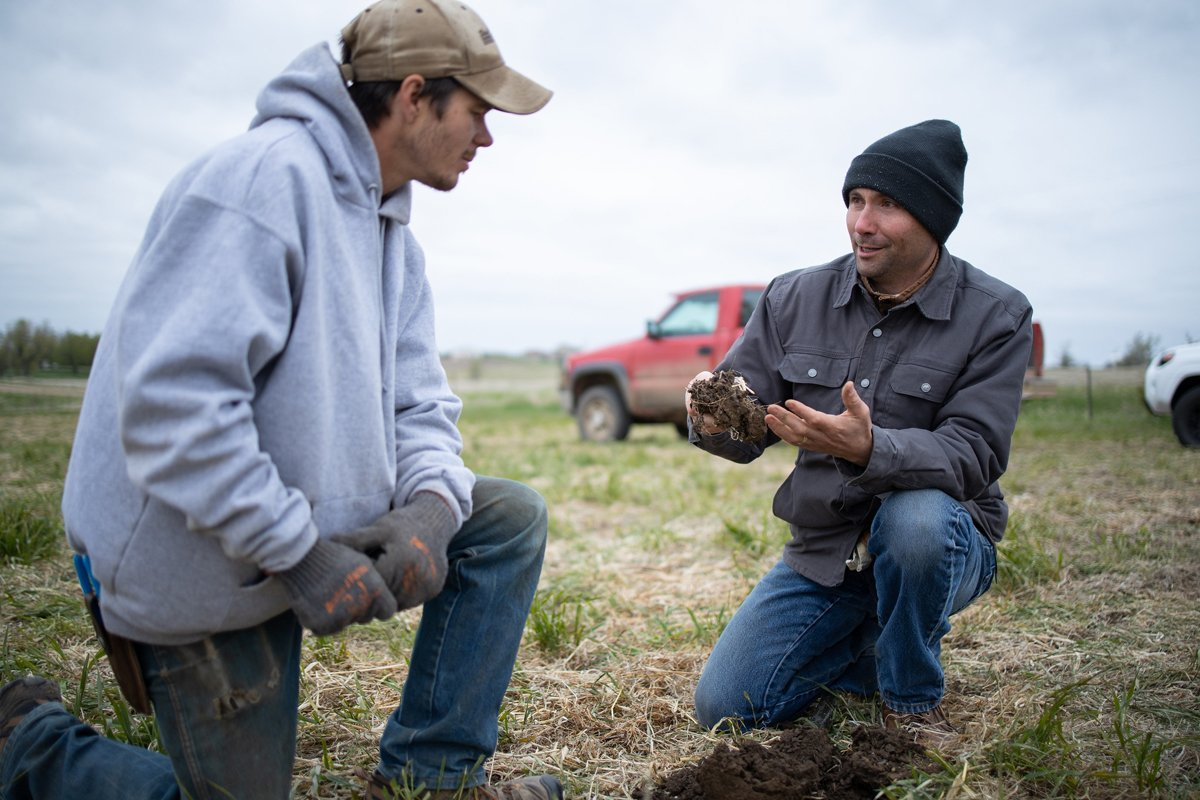 Kent Vlieger, the State Soil Health Specialist for the USDA Natural Resources Conservation Service (NRCS) in Huron, South Dakota, answers a few questions about the benefits of using a no-till and cover crop system to improve soil health and water quality while reducing erosion. (Photo CC-licensed by USDA NRCS South Dakota)