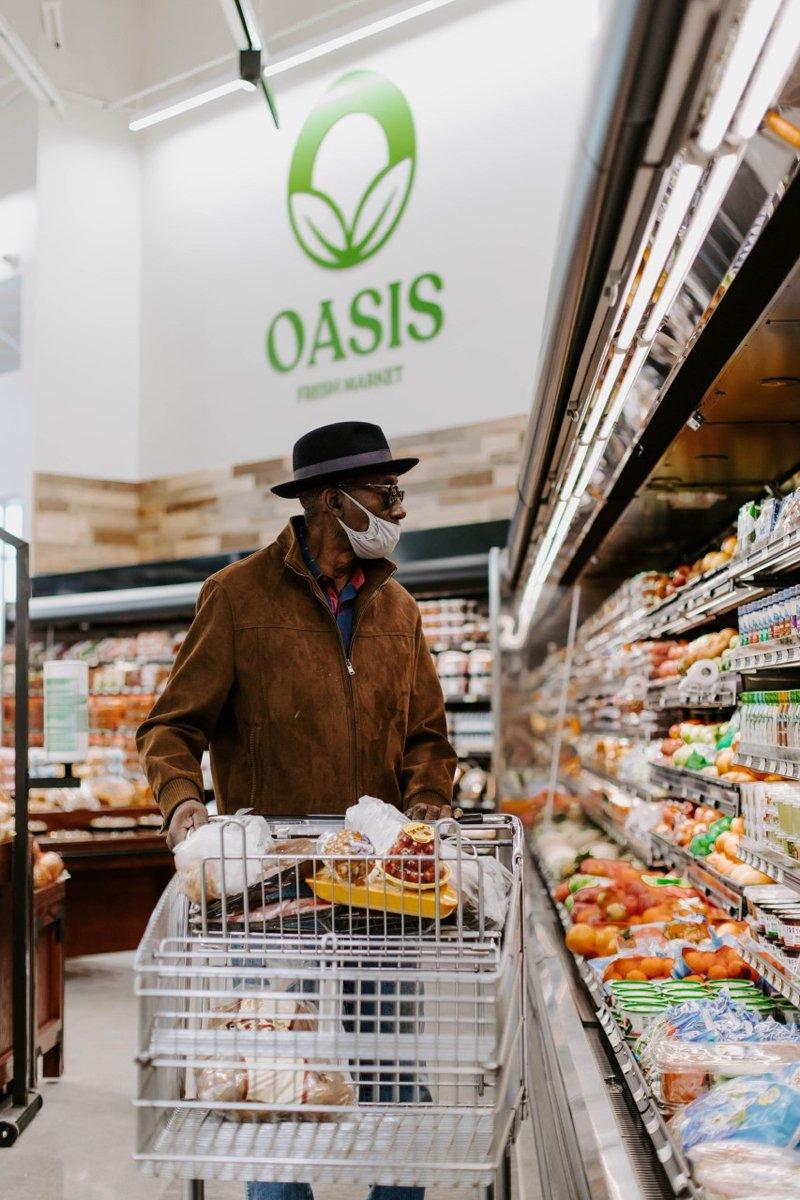 shopping at the oasis fresh market. Photo courtesy of Oasis Fresh Market.