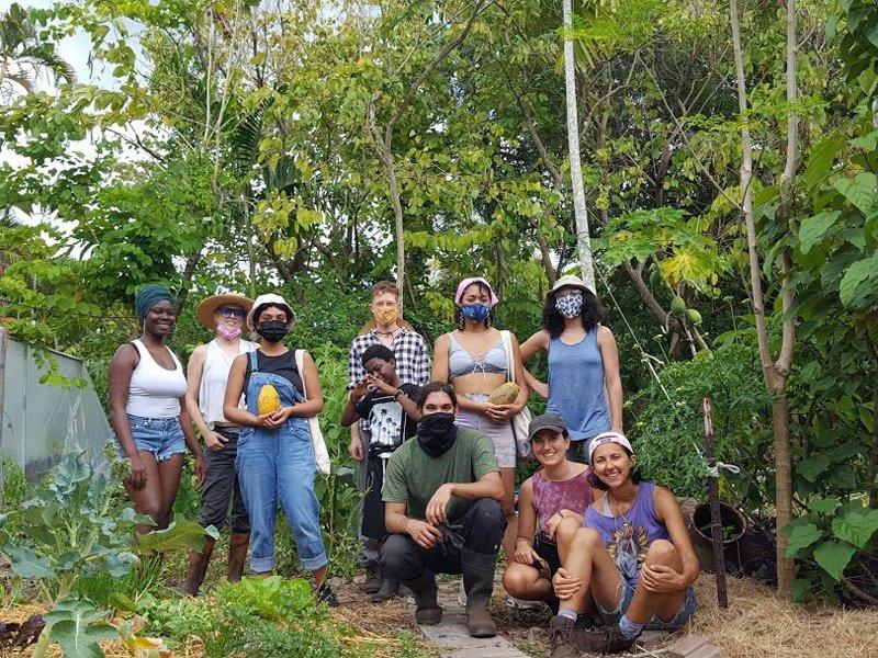 Finca Morada's farmers. (Photo credit: Chris Bouza)