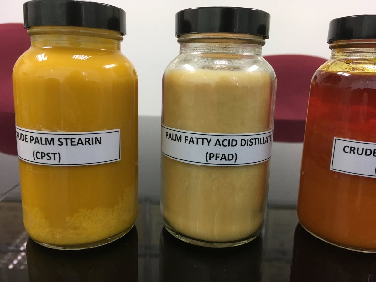 Varieties of palm oil extracts.